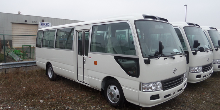 toyota coaster 30 places diesel standard singral auto. Black Bedroom Furniture Sets. Home Design Ideas