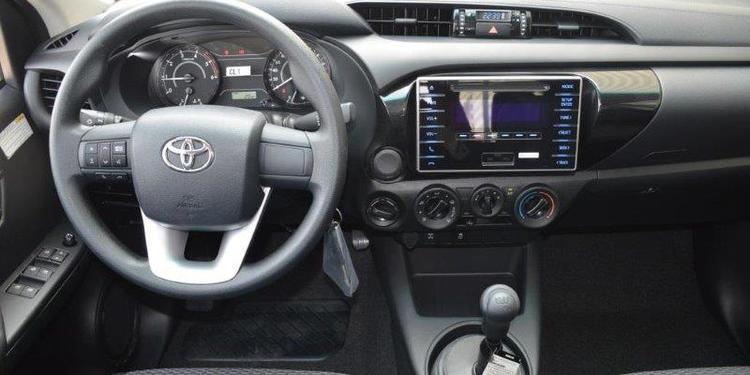 toyota hilux 4wd double cab abs airbags gl 2 4l manual gama rh gama mali com toyota hilux manual pdf toyota hilux manual or automatic